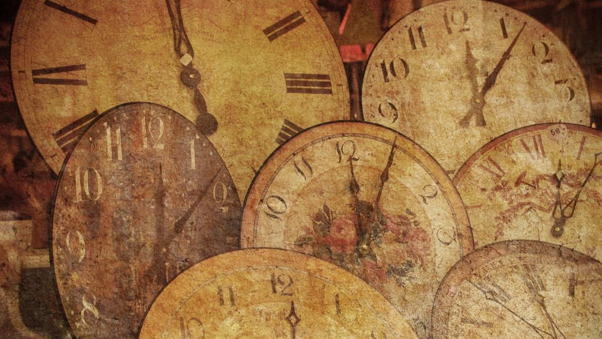 Antique-Clock-Wallpapers-1